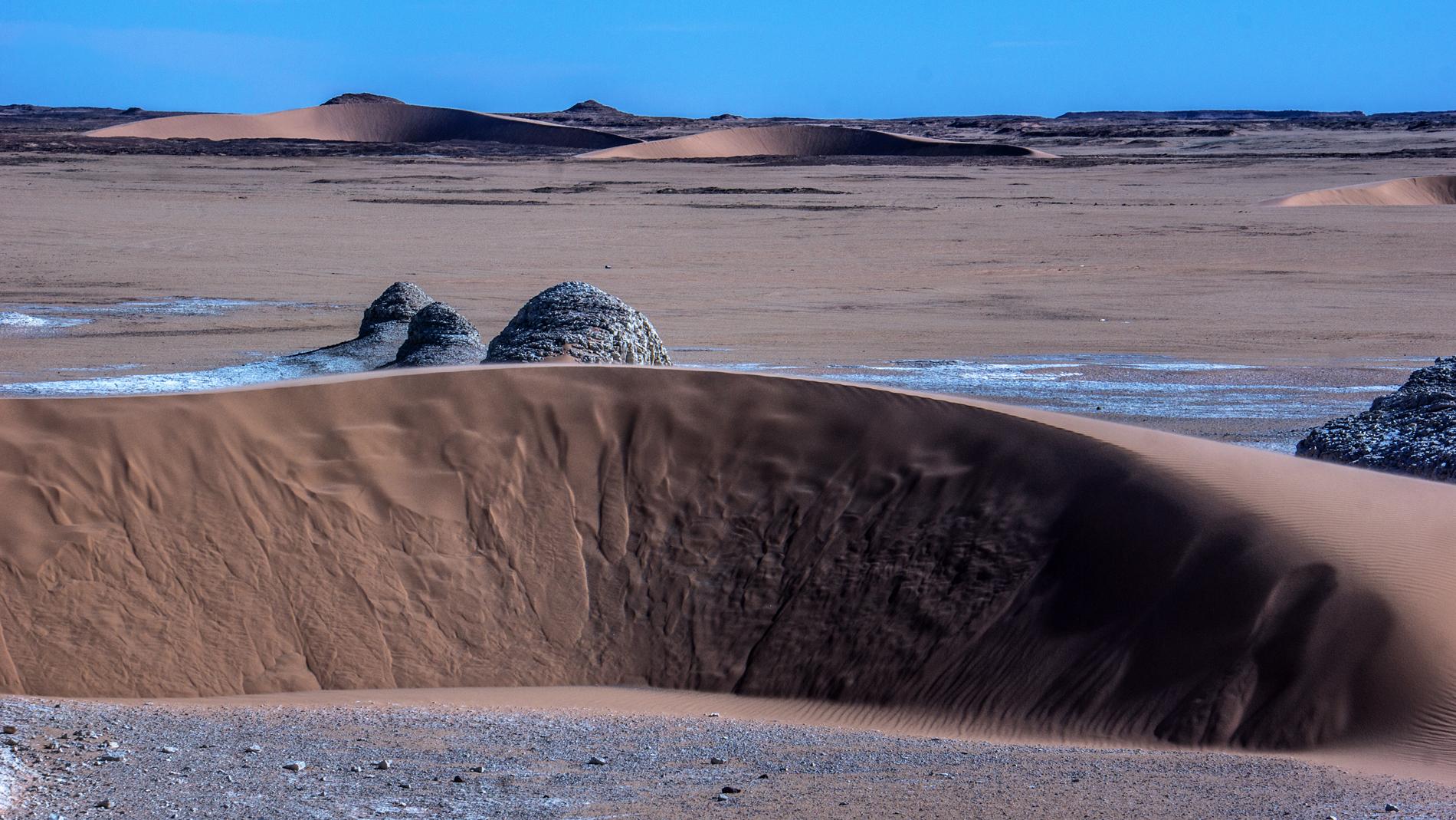 Ain Galaka, dune e diatomiti