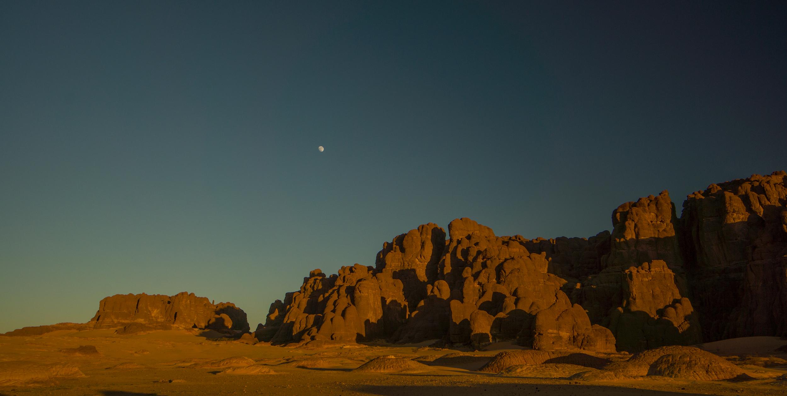 Borkou, tramonto con luna a Kolti Grashanga