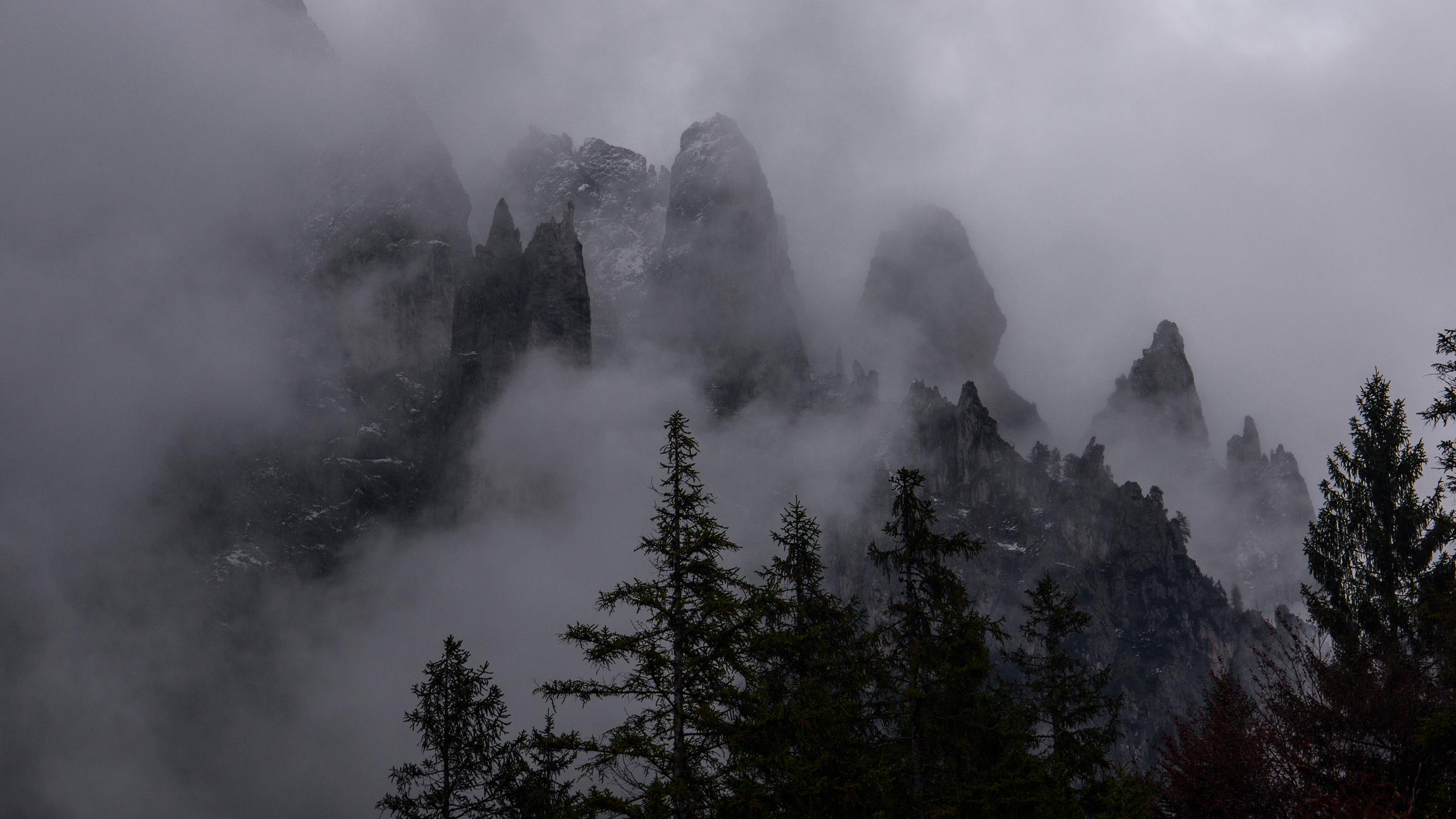 Dolomiti, nuvole e Pale di S.Martino