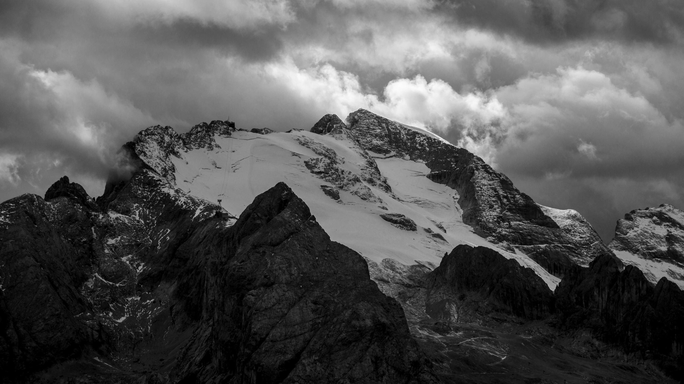 Dolomiti, la Marmolada